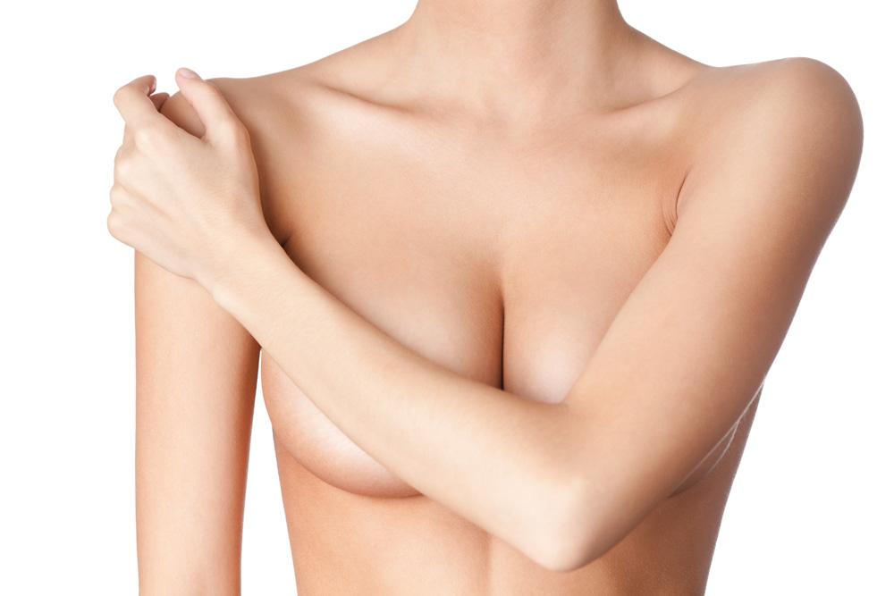 Brustvergrößerung mit Implantaten in der Praxis FINKE & FRANTZEN Plastische Chirurgie Berlin